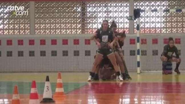 Time de Handebol de Cascavel disputa a Copa Blumenau