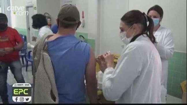 Toledo retoma vacinação da primeira dose para pessoas com 31 anos ou mais