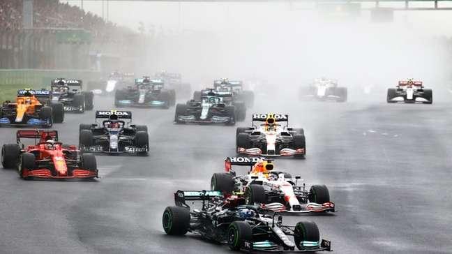Análise da F1: Bottas fez a Mercedes engolir sua vitória