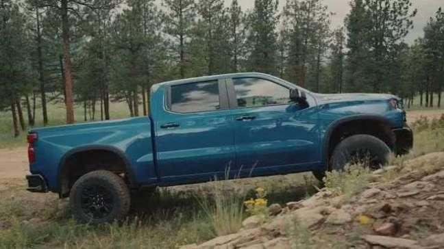 Conheça a nova picape Chevrolet Silverado ZR2