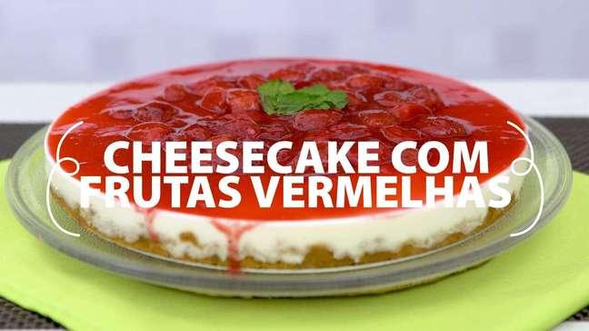 Cheesecake com frutas vermelhas